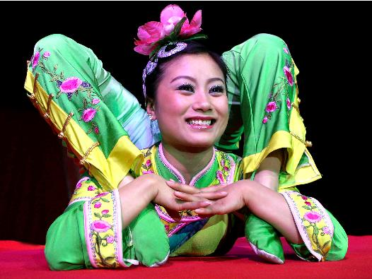 Chinese Contortionist [Online image] Available http://www